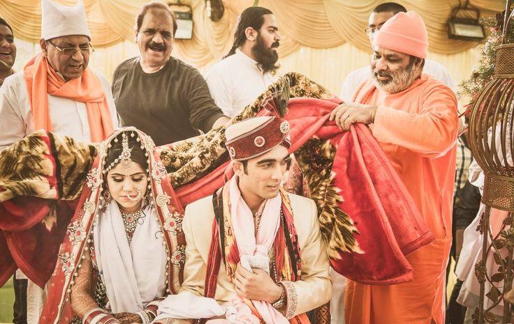 Wedding ceremony! Photo by Studio Shanti, Pune #weddingnet #wedding #india #indian #indianwedding #weddingdresses #mehendi #ceremony #realwedding #lehenga #lehengacholi #choli #lehengawedding #lehengasaree #saree #bridalsaree #weddingsaree #indianrituals #indianweddingrituals #ceremonies #weddingceremonies