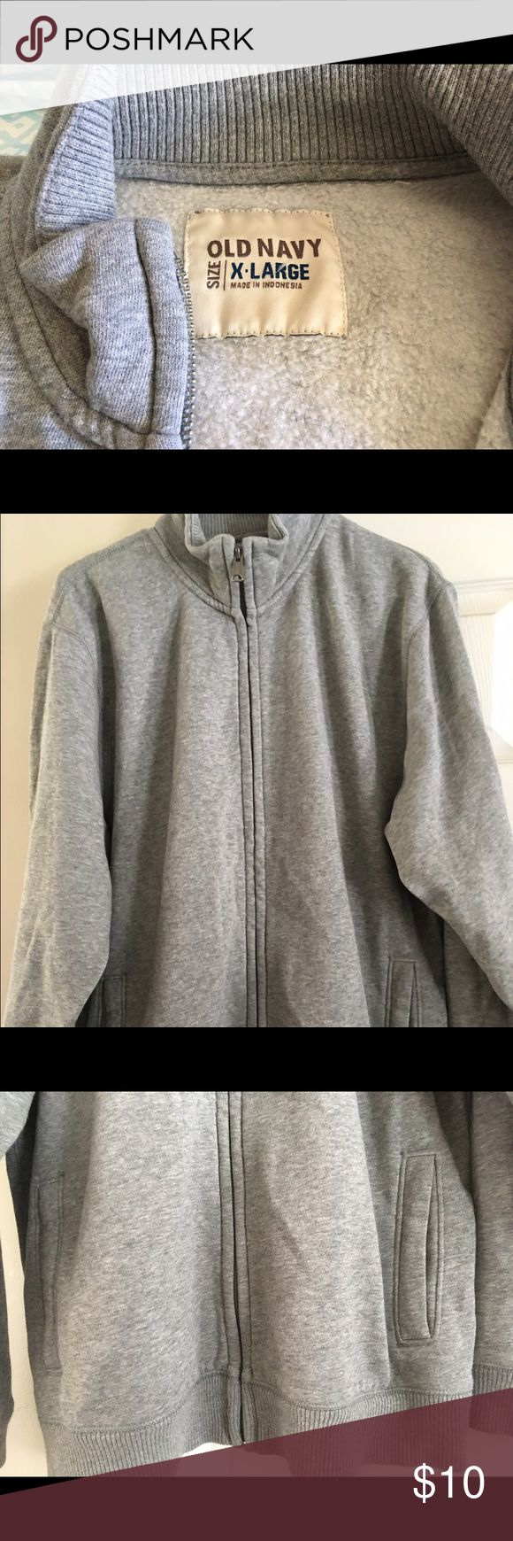 Men's Old Navy zip up sweater Great condition. Men's zip up sweater. Size XL Old Navy Sweaters Zip Up