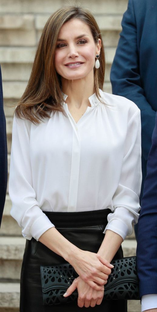 Queen Letizia of Spain..... - Celebrity Fashion Trends