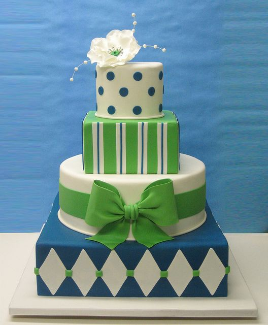 This could be really cute for a boy's baby shower. And all the designs are simple to make!