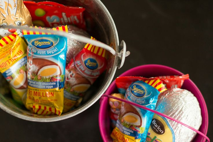 Cute buckets for the kids for the Easter. Fill them up with anything chocolate, done!