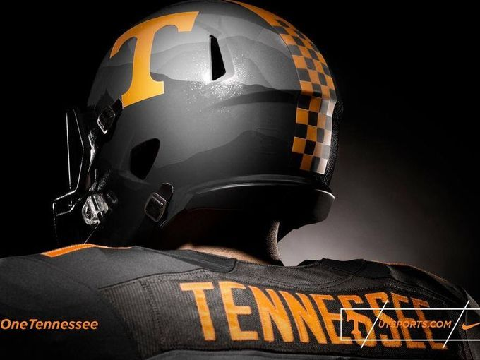Vols new Nike Smokey gray football uniform