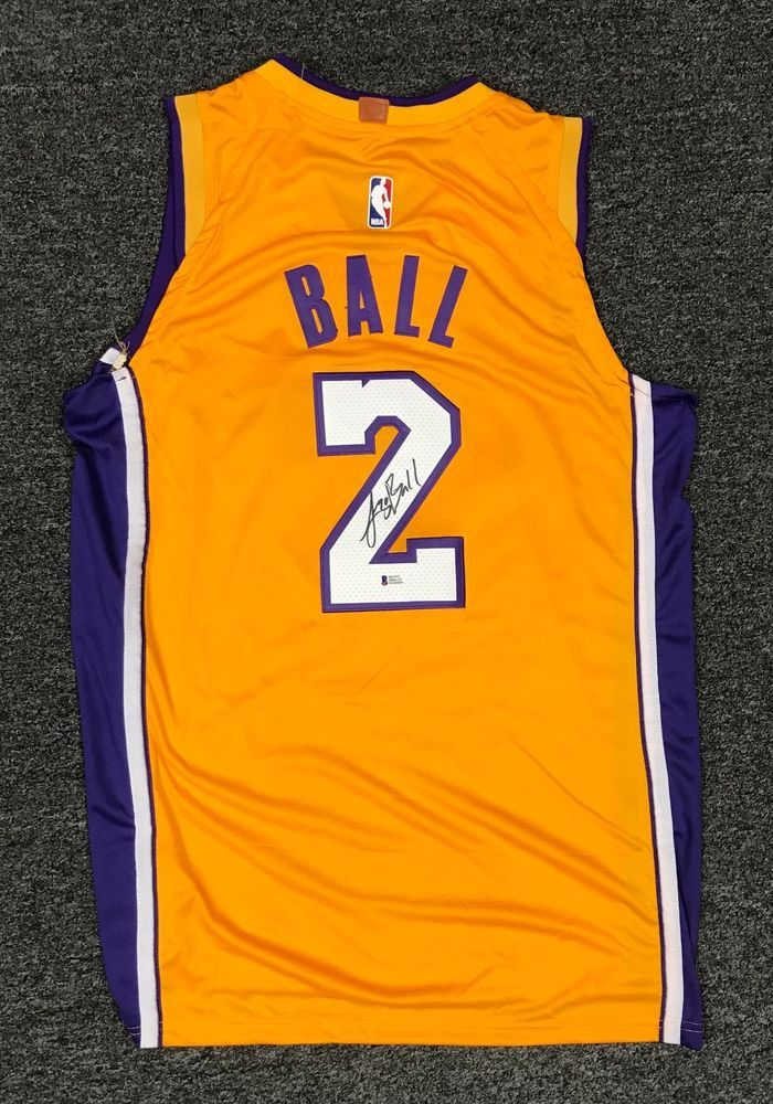 ab9b0ec3222 Lonzo Ball  2 Signed Lakers Jersey AUTO Sz 50 BAS WITNESSED COA  Basketball