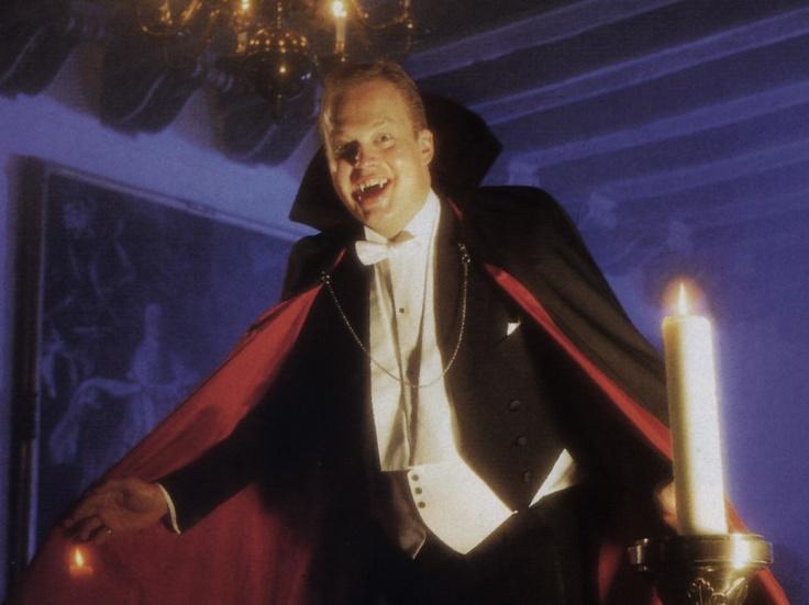 Grundplan for vampyr uddrivelse    1. Med ét slag drives en stage gennem vampyrens hjerte.  2. Små sten eller bunker af røgelse må anbringes på de yderste ender af vampyrens lemmer.  3. Hvidløg må fyldes i vampyrens mund.  4. Hirse må drysses over kroppen.  5. Liget må lægges med ansigtet nedad, når det begraves på ny.  6. Vilde, tornede roser må bindes omkring kistens yderside.