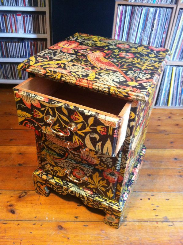 decoupage-drawers-furniture-morris-4.jpg (597×800)