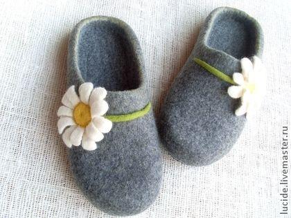 """Обувь ручной работы. Ярмарка Мастеров - ручная работа Тапочки """"Из солнца и снега"""". Handmade."""