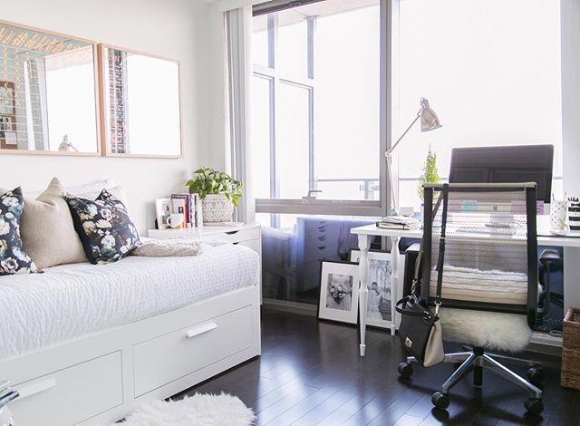 367 best images about bachelorette pad on pinterest for Bachelorette apartment