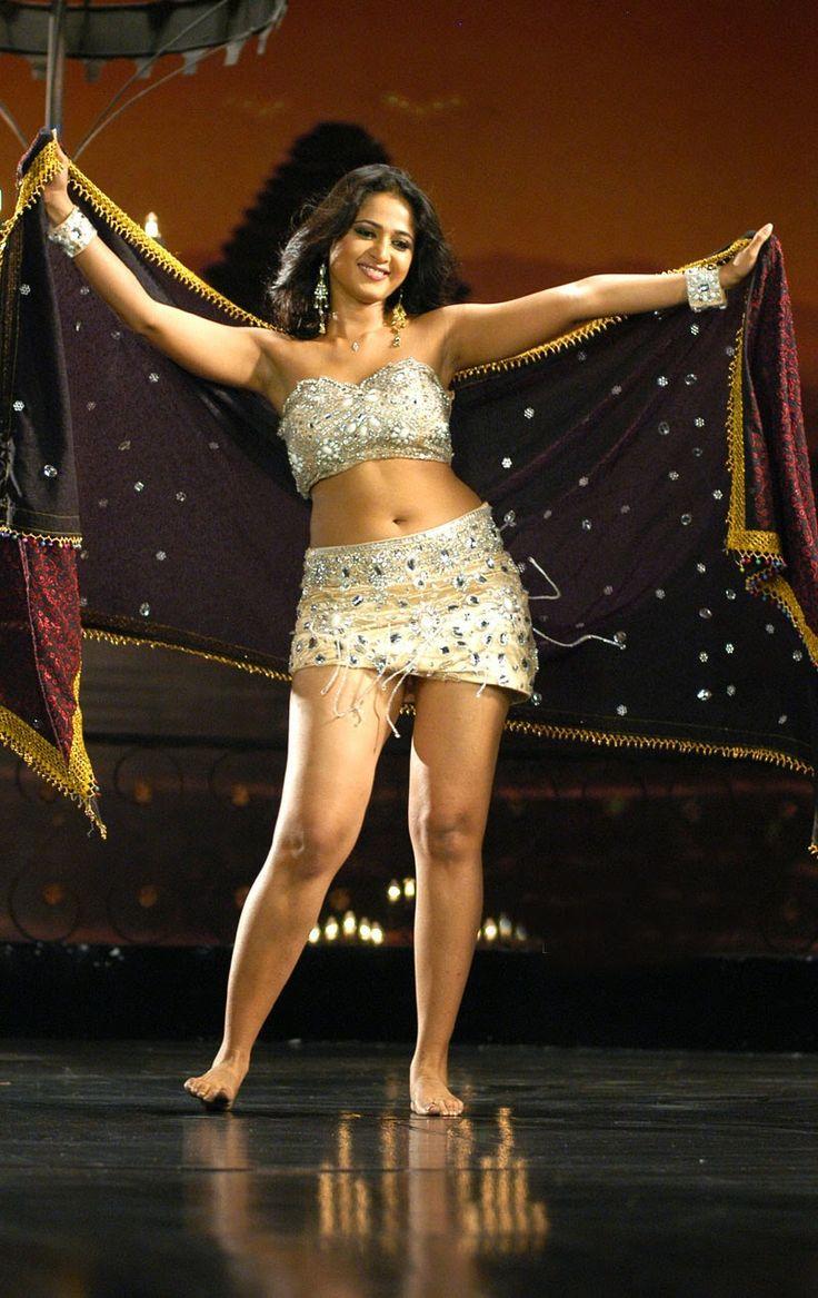 Kollywood Actress Anushka Shetty Spicy Navel Show Photos In White Bikini