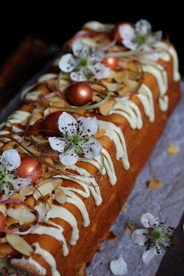 Kakkuviikarin vispailuja!: Raparperinen kahvikakku