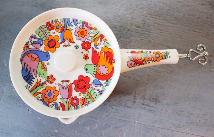 #vintage #saucepan - Royal Crown Paradise porcelain #ovenware 3728 by ninedoorsvintage on Etsy #royalcrownporcelain #vintagekitchen #cookware #bakeware #cooking #kitchen #retro #mod #1960s #cottagestyle #farmhousestyle #midcentury #floral