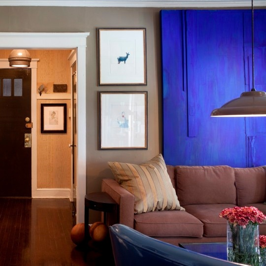 Best 25 royal blue walls ideas on pinterest royal blue for Electric blue bedroom ideas