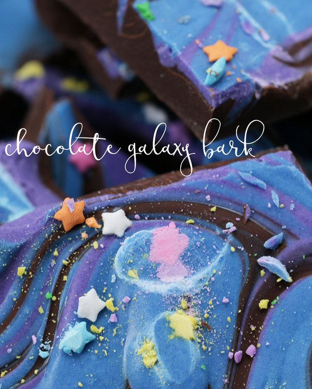 Chocolate Galaxy Bark | This Galaxy Chocolate Bark Will Take You To Outer Space