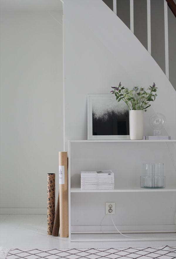 A beautifully simple hallway in a Norwegian home / Elisabeth Heier.
