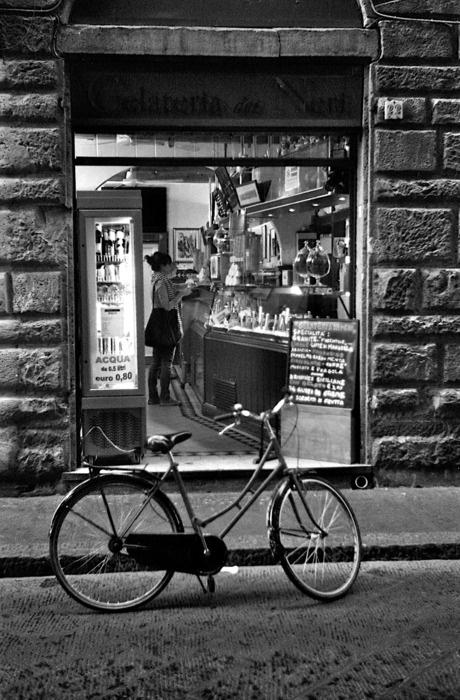 Gelateria dei Neri - Firenze, Italia - this is seriously the best gelato in Firenze! Photo by, Cassie Feliziani