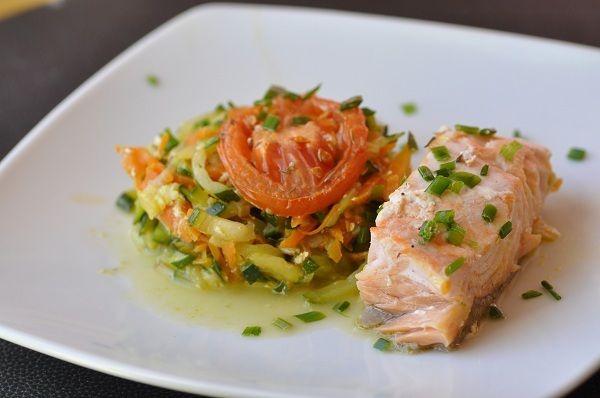 Du poisson et des légumes, le tout cuit au four, un plat léger pour recevoir ou pour tous les jours...