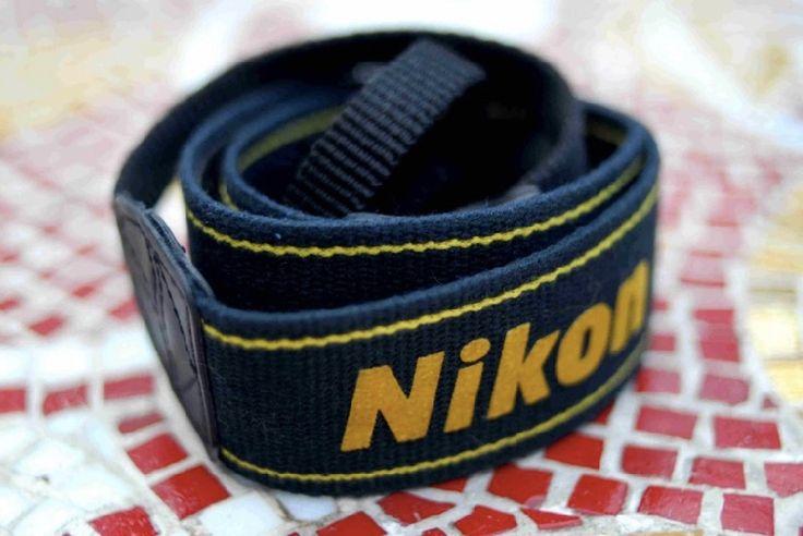 Nikon D70 Strap
