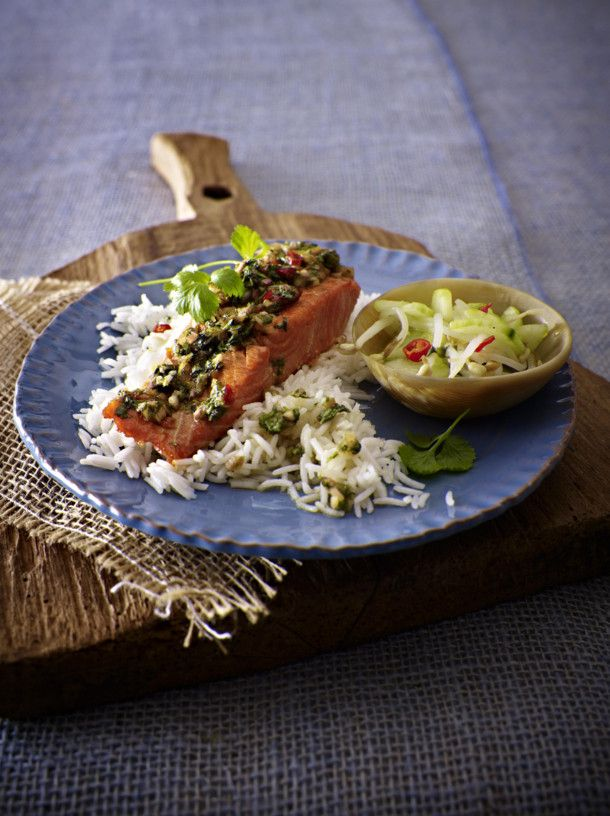 Unser beliebtes Rezept für Ingwer-Chili-Lachs mit asiatischem Gurkensalat und mehr als 55.000 weitere kostenlose Rezepte auf LECKER.de.