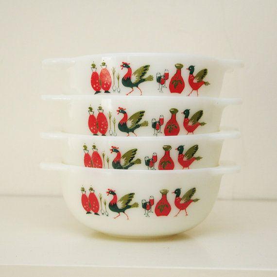 Four vintage pyrex bowls