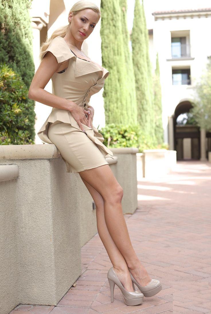 Inez Busty Minimalist 61 best fashion images on pinterest   beautiful women, evening