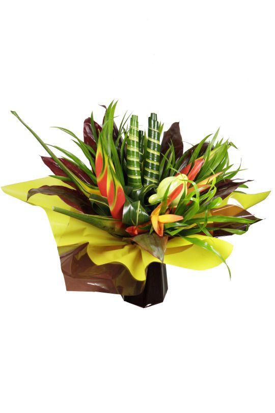 bouquet fleurs tropicales heliconia tropic heliconia buea feuillages exotiques solanum. Black Bedroom Furniture Sets. Home Design Ideas