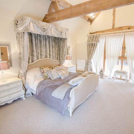 Bridal and Honeymoon suite
