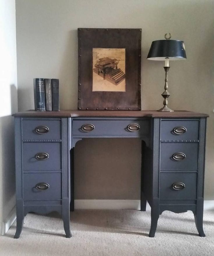 Painted Vintage  1942 Duncan Phyfe Desk Vanity General Finishes Queenstown Gray Milk Paint
