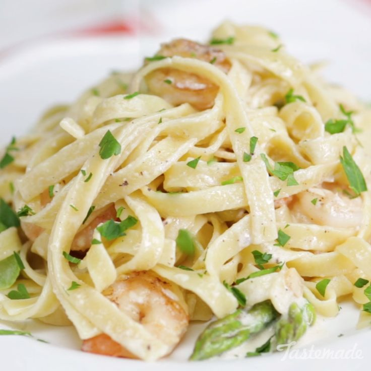Elevate your fettuccine Alfredo with buttery shrimp and veggies.