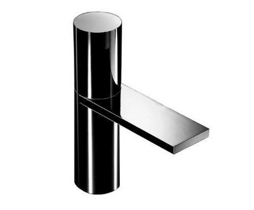 #Fantini #Milano #tap for #washbasin 3004F | on #bathroom39.com at 620 Euro/pc | #taps #mixer #modern #thermostatic #bath #design
