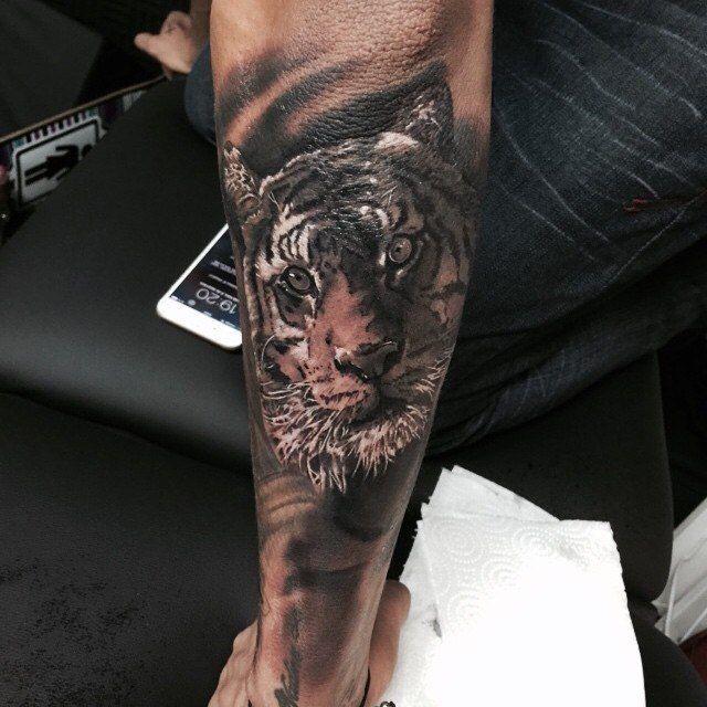 tatuajes de Neymar 2015 brazo