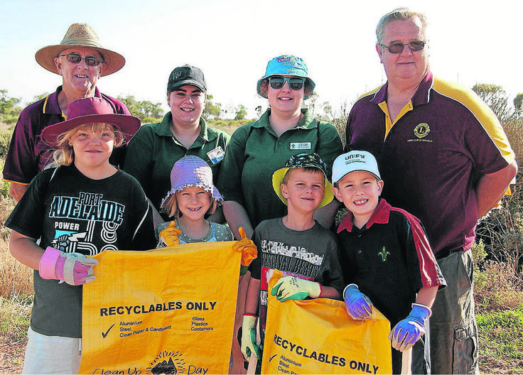 Lions Club of Whyalla and Whyalla Scouts team up to clean city