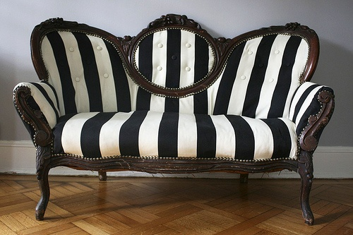 I hope I get my grandparent's antique couch similar to this. It's got gorgeous bones, but I'd love to put on a modern print on it. Now quite like this, but the update is amazing!