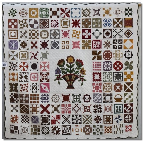 """""""Inspired by Jane"""" by Julia Camilleri great idea for my Dear Jane quilt"""