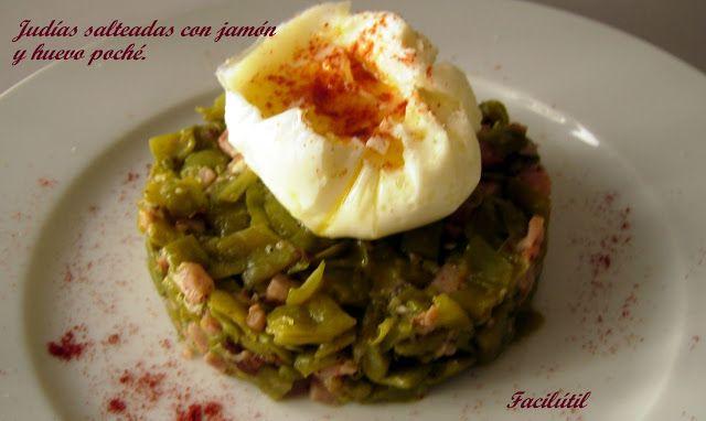 Judías-verdes-salteadas-con-jamón-y-huevo-poché