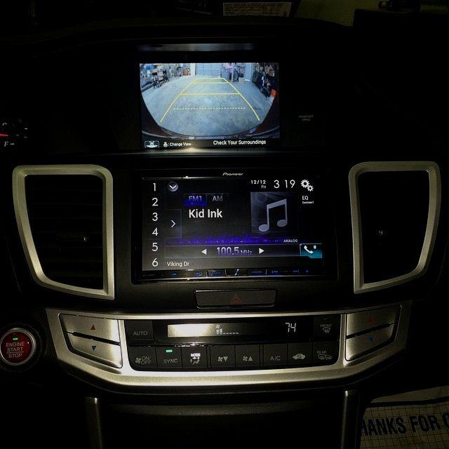 Soundwavecustoms Oneofakind Honda Accord 2015 Doubledin Install Finallydone Caraudio Carstereo Pionee Remote Car Starter Car Audio Systems Car Audio