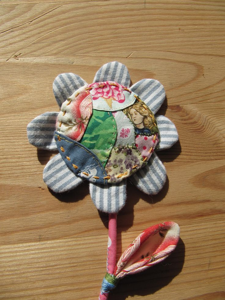 Crazy patchwork flower brooch, Julie Arkell workshop.