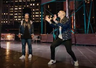 Daddy Yankee, Bad Bunny - Vuelve