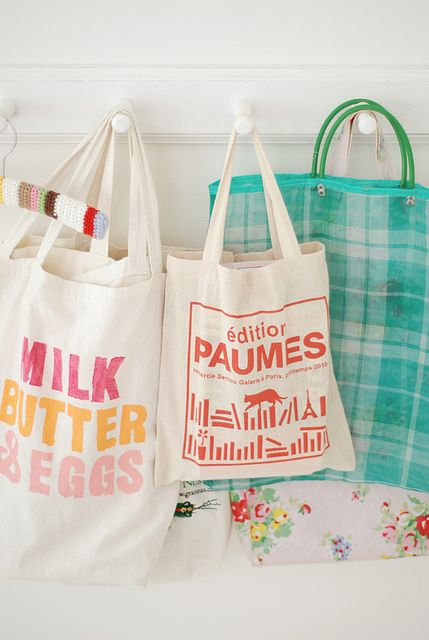 colorful shopping bags: Shopping Bags, Pretty Bags, Totebags Shopping, Grocery Bags, Milk Butter, Craft Ideas, Photo, Kitchen Designs