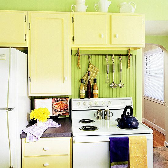 this cabinet configuration would actually work in our kitchen.: Color Kitchens, Small Places, Small Kitchens, Kitchens Ideas, Green Kitchens, Places Style, Yellow Cabinets, Kitchens Cabinets, Kitchens Tools