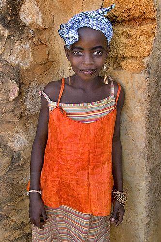 Mali - Dogon Girl Orange