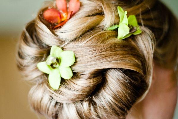 Fiori nei capelli