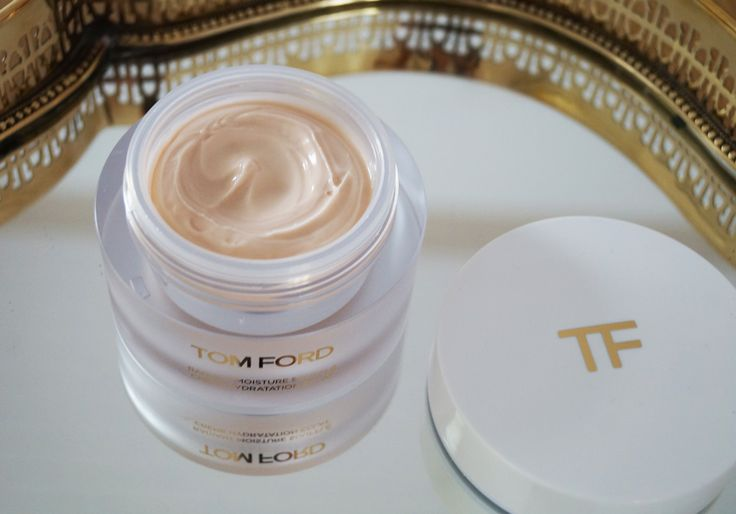 Don't Miss Beauty Product of Swiss Beauty Blogger. For more information Visit : http://www.sheistheone.ch/2016/06/beauty-tom-ford-soleil-2016-part-ii.html  #BeautyBlogger #EmaDulakova #BeautyProduct #SummerProduct #SwissBlogger #FashionBlogger #TomFordSoleil #Fashion