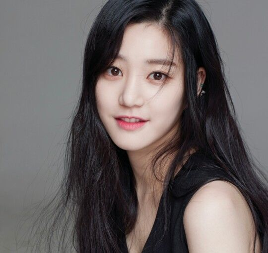 Lee Yoo Bi is such a epitome of Beauty
