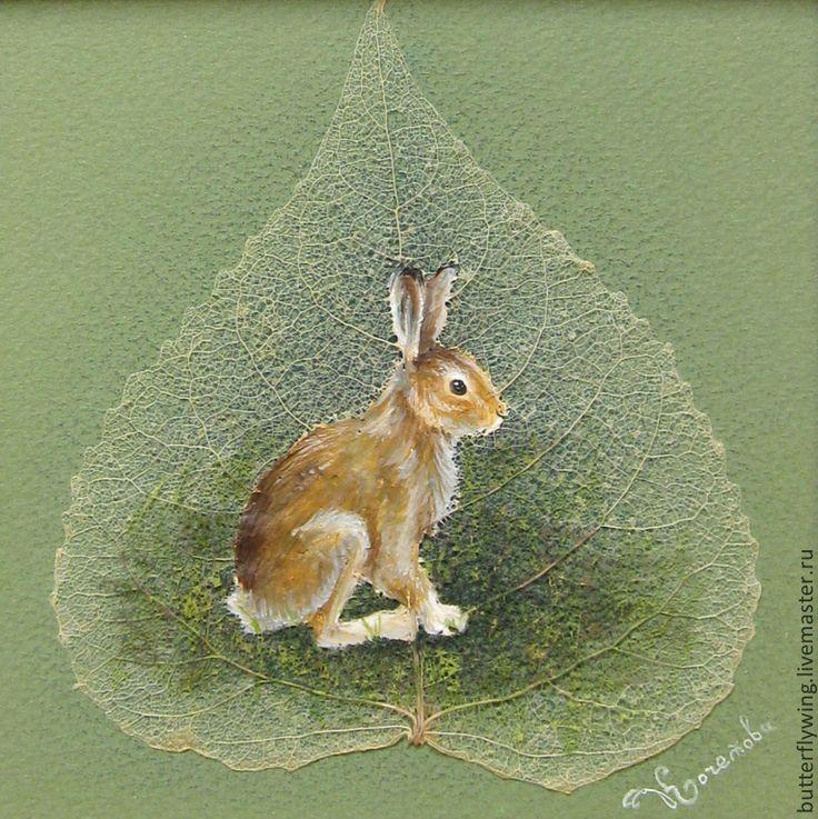 """""""Мартовский заяц"""" картина на скелетированном листе - зелёный,светло-зеленый"""