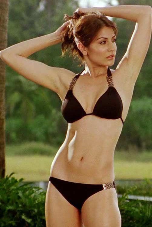 Anushka-Sharma-In-Bikini  My Museum  Bollywood Hot -6905