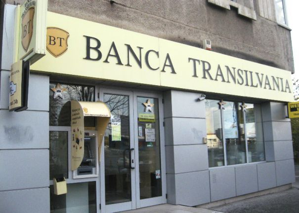 Peste 15.000 de clienți ai Banca Transilvania au beneficiat de diminuarea creditelor în franci elvețieni