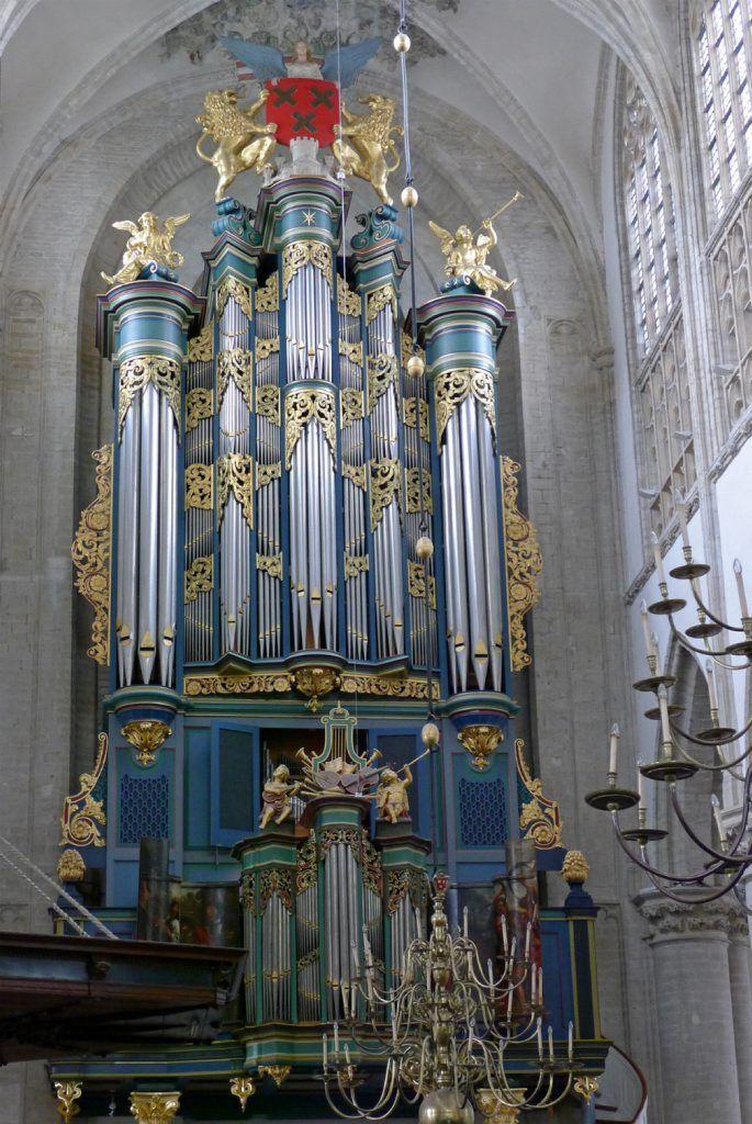Het Flentroporgel in de Grote Kerk van Breda.