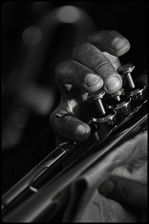Music ♪♫ musician black white photography music hand