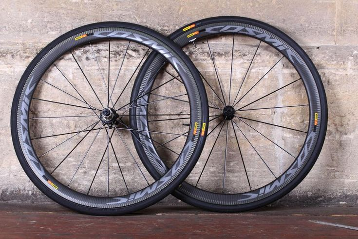 New clinchers have all-carbon rims, new aero profile, and laser treated brake surface for better stopping in the wet