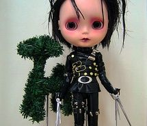 hehe little Edward Scissorhands