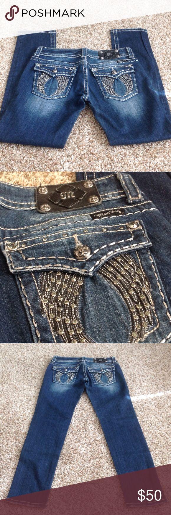 Miss Me Skinny jeans Miss Me Skinny jeans, size 28, wing embellishments on back pockets. Miss Me Jeans Skinny